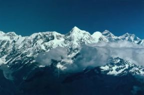 Asia. La cima dell'Everest nella catena montuosa dell'Himalaya, in Nepal.De Agostini Picture Library/M. Bertinetti