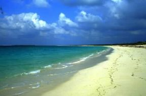 Costa dell'isola East Caicos nell'Oceano Atlantico.De Agostini Picture Library / A. Vergani